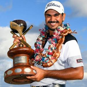 Crucial eagle lifts Bhullar to Fiji International title
