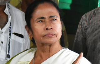 Mamata offers to quit as CM, party rejects