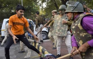 Cops stop JNU students' march, baton-charge protesters