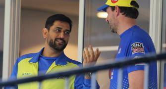 CSK coach Fleming defends Dhoni's approach