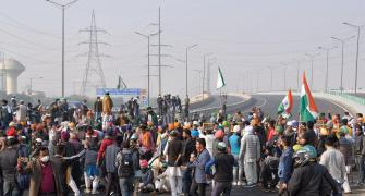 Farmers step up agitation, block another highway
