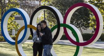 Japanese don't want foreign fans to attend Olympics