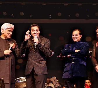 Watch: Alka Yagnik sings for Jatin-Lalit