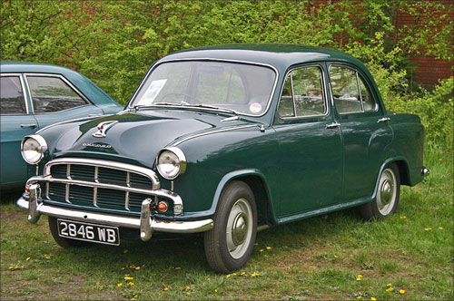1955 Morris Oxford Series III was launched in India in 1957 as Ambassador Mark I.