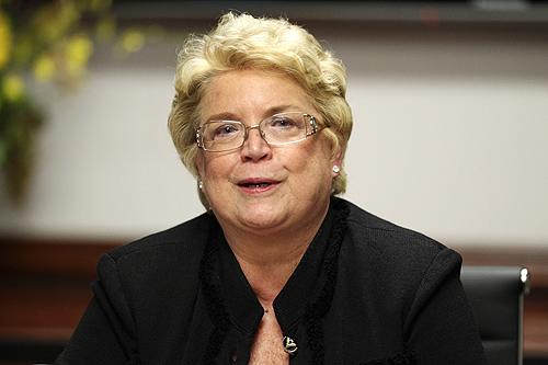 Linda Hudson.