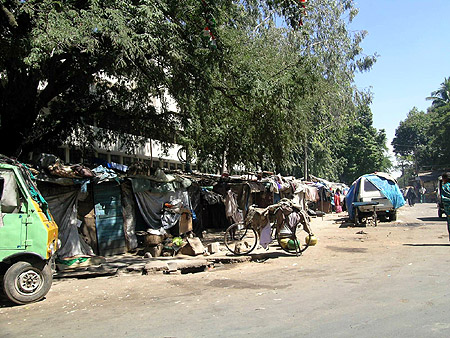 How slum dwellers contribute to Bangalore's economy