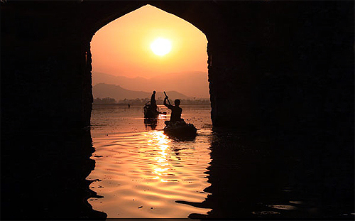 Dal lake sunset, Srinagar.