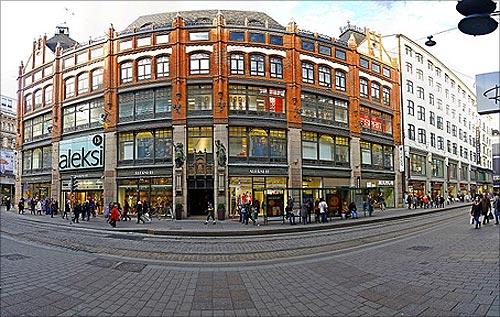 Aleksi Helsinki Market Street.