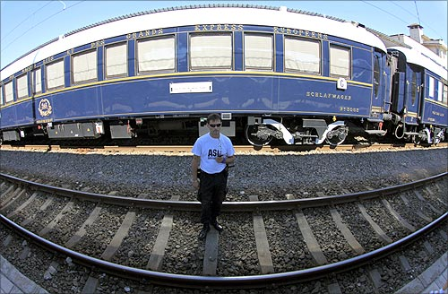 A security guard stands in front of the Orient Express at the main railway station in Bucharest September 3, 2012.