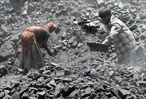 How coal mine workers struggle to make a living