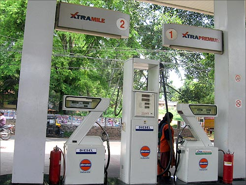 Who pays the highest and lowest for diesel in India