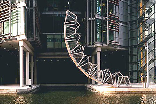Stunning pedestrian bridges across the world