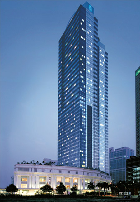 Ritz-Carlton Jakarta.