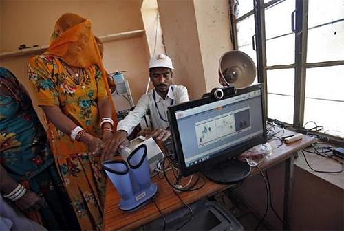 How Indians get the Aadhaar card