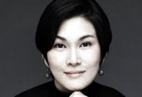 Lee Seo-Hyun.