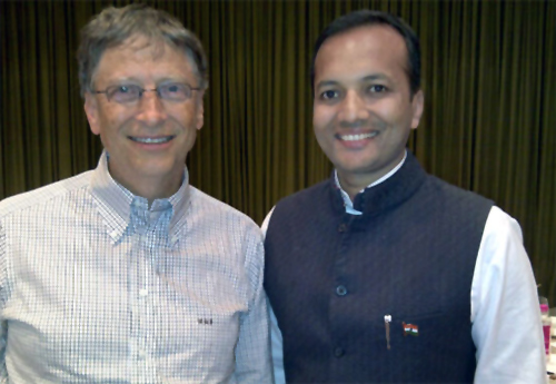 Naveen Jindal with Bill Gates.