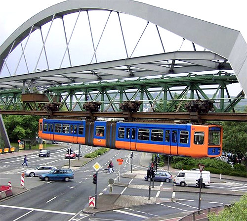 World's amazing monorail systems