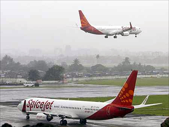 Local operations prove a drag on Jet, SpiceJet