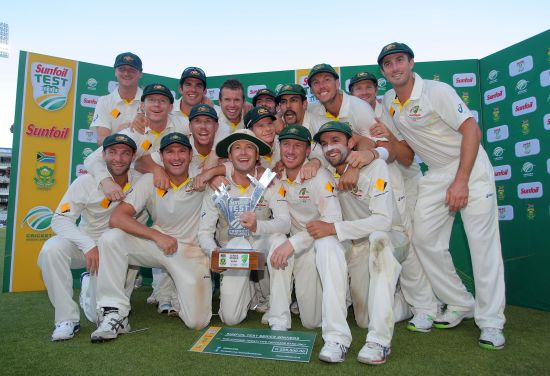 Australia celebrates during day 5 of the 3rd Test match between South Africa and Australia at Sahara Park Newlands