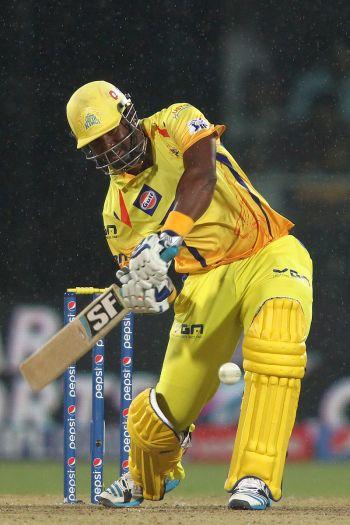 Smith helps Chennai steamroll Delhi by 8 wickets