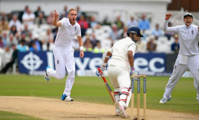 Stuart Broad celebrates after dismissing Ajinkya Rahane