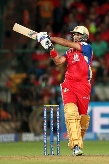 Yuvraj's stunning knock sets up win for Bangalore