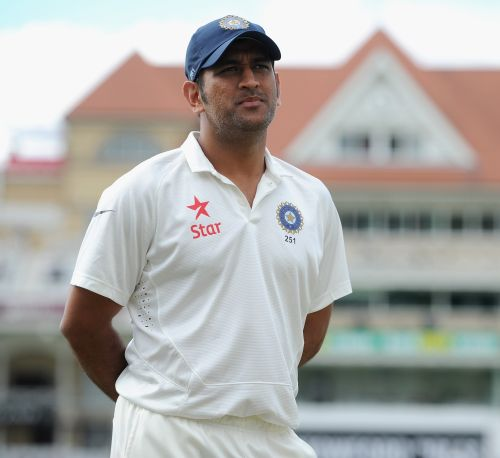 Anderson crossed the line: Dhoni