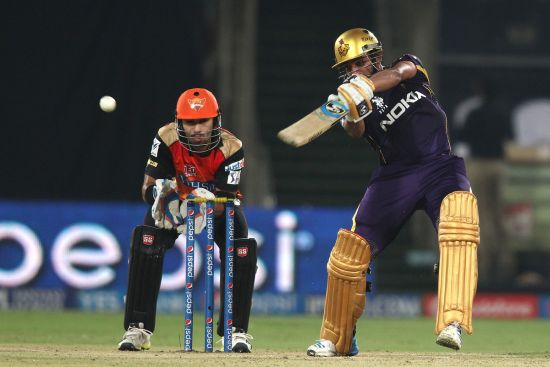Robin Uthappa hits one to the boundary