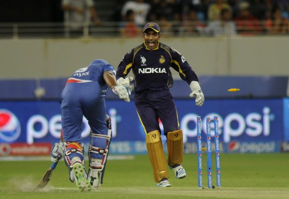 Murali Vijay is run out