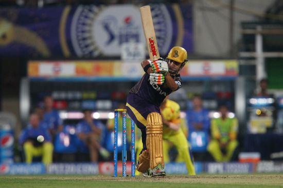 Gautam Gambhir clips one off his pads