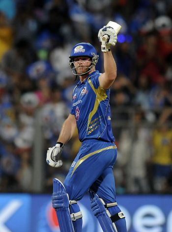 Sensational Anderson powers Mumbai Indians to IPL play-offs