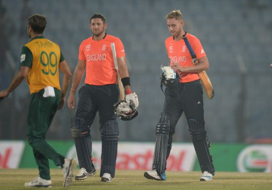PHOTOS: South Africa knock England out of World T20