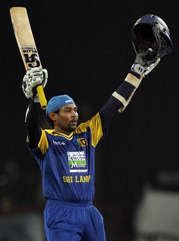 Tillakaratne Dilshan celebrates after scoring hundred