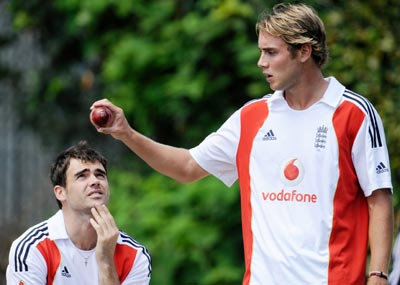 England's James Anderson and Stuart Broad during a training session