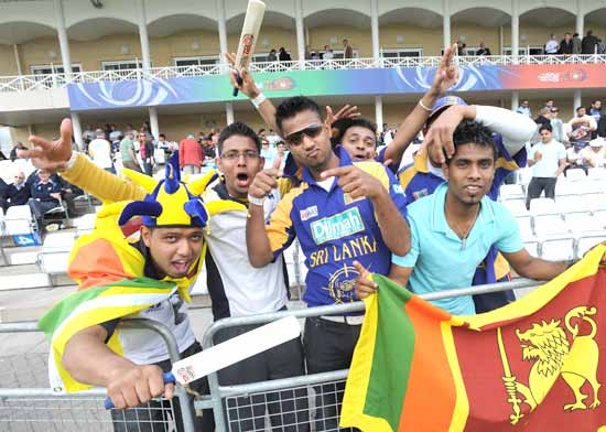 Sri Lankan fans enjoy