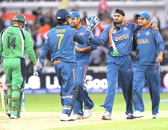 Harbhajan Singh celebrates