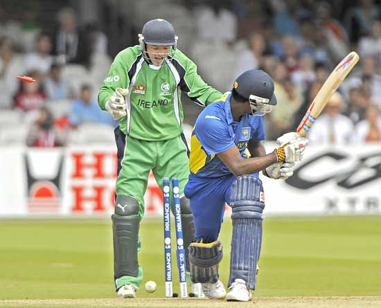 Angelo Matthews is bowled by Cusack