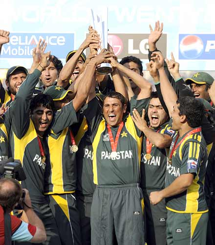 The victorious Pakistan team