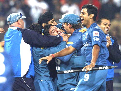 Deccan Chargers' players celebrate victory