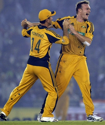 Doug Bollinger (right) celebrates a wicket with captain Ricky Ponting