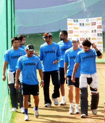 The Indian team rushes to Gambhir to ensure his well-being
