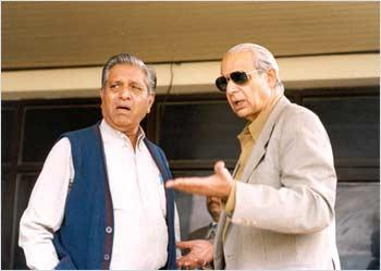 Raj Singh Dungarpur has a chat with Chandu Borde