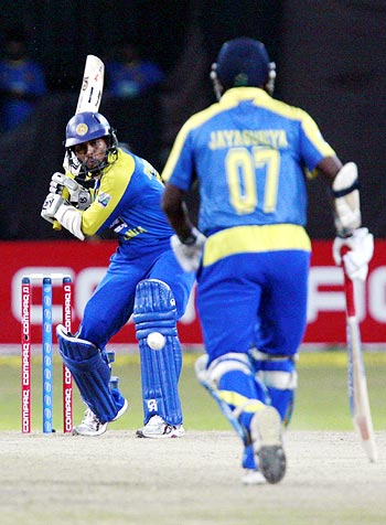 Tillakaratne Dilshan hits out