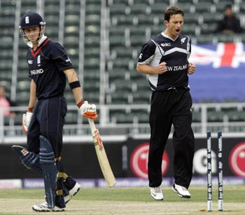 Shane Bond and Joe Denly