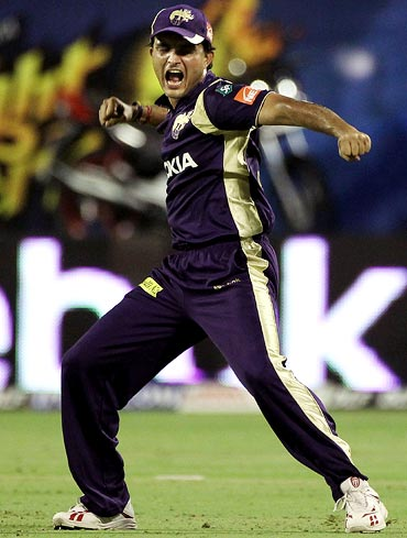 Sourav Ganguly celebrates after running out Gautam Gambhir