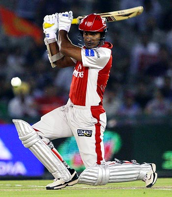 http://im.rediff.com/cricket/2010/apr/09kumar.jpg