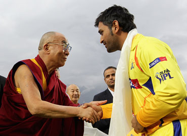 Dalai Lama presents Khata to MS Dhoni