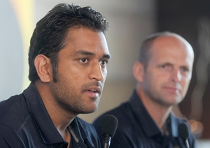 Dhoni and Kirsten at the press conference