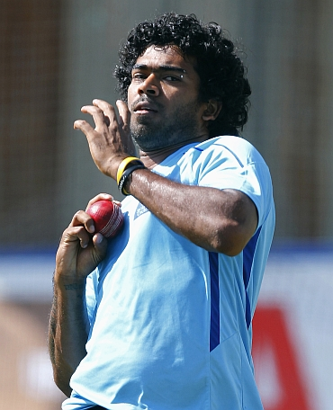 Lasith Malinga bowls in nets