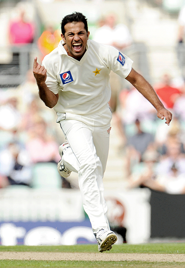 Wahab Riaz celebrates after dismissing Eoin Morgan